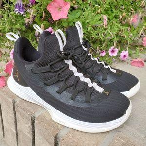 JORDAN Nike Men's Ultra Fly 2 Low Basketball